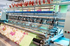 Máquina industrial do bordado Foto de Stock
