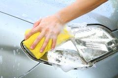 Máquina limpa de Washington do carro, lavagem de carro com esponja e mangueira Foto de Stock