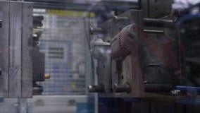 Máquina moderna do produto das brocas do close up vídeos de arquivo