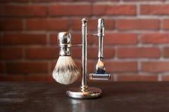 Máquina para afeitar y el cepillo Foto de archivo
