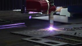 Máquina para el corte constante del laser del metal almacen de metraje de vídeo