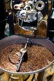 Máquina para feijões de café do assado foto de stock royalty free