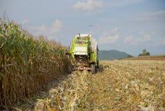 Máquina segador de maíz de Tailandia Imágenes de archivo libres de regalías