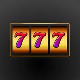 Máquina tragaperras afortunada siete 777 Juego de vegas del casino Ocasión de juego de la fortuna Dinero del bote del triunfo Fotografía de archivo libre de regalías