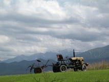 Máquina velha da colheita da forma Fotografia de Stock Royalty Free