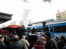 Máquina vieja del vapor en la estación de tren de Haedo fotos de archivo