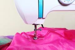 Máquinas de coser Fotos de archivo libres de regalías
