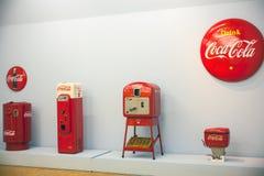 Máquinas expendedoras para la Coca-Cola Fotografía de archivo libre de regalías