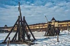 Máquinas medievais do cerco foto de stock royalty free