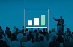 Márketing del gráfico de barra que analiza concepto del aumento del crecimiento fotografía de archivo libre de regalías