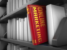 Márketing en línea - título del libro rojo Imágenes de archivo libres de regalías