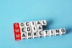 Márketing social de SMM medios Imagen de archivo libre de regalías