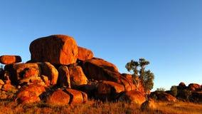 Mármores dos diabos, Território do Norte, Austrália Imagens de Stock Royalty Free