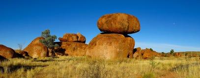 Mármores dos diabos, Território do Norte, Austrália Imagens de Stock