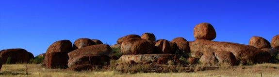 Mármores dos diabos, Território do Norte, Austrália Fotos de Stock