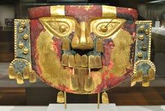 Máscara antigua del inca del oro