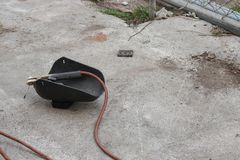 Máscara da soldadura, ainda vida do haste-suporte com cabo e elétrodo Fotos de Stock