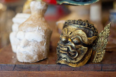 Máscara de Khon para el funcionamiento efectuado tradicional tailandés Imágenes de archivo libres de regalías