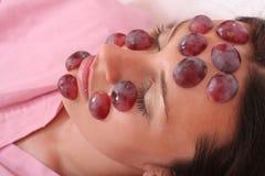 Máscara de las uvas Imagen de archivo libre de regalías