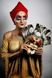 Máscara de oro de la mujer imagen de archivo