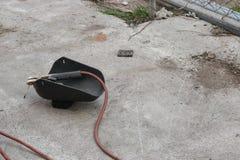 Máscara de soldadura, aún vida del barra-tenedor con el cable y electrodo Fotos de archivo