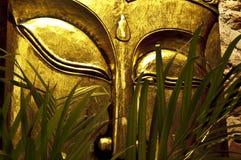 Máscara del oro de Buda Imágenes de archivo libres de regalías