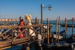 Máscara e trajes do carnaval de Veneza Traitional Veneza, Italy Fotos de Stock Royalty Free