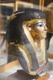 Máscara goldy antigua en el museo egipcio imágenes de archivo libres de regalías