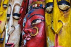 Máscara india hindú en la pared Imágenes de archivo libres de regalías