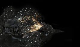 Máscara negra del oro Imagen de archivo libre de regalías