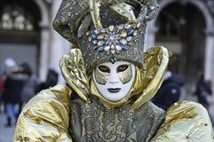 Máscara Venetian do verde e do ouro foto de stock royalty free