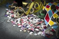 Máscara y flámula del carnaval Imagen de archivo