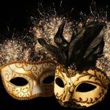 Máscaras adornadas del carnaval en fondo del fuego artificial Fotografía de archivo libre de regalías