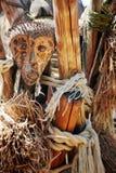 Máscaras de madera étnicas y místicas tradicionales africanas Foto de archivo