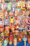 Máscaras de madera en el mercado de Chchicastenango Imágenes de archivo libres de regalías