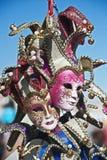 Máscaras de Venecia con las alarmas imagenes de archivo