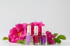 Máscaras diferentes do verniz para as unhas cor-de-rosa para o tratamento de mãos Imagem de Stock Royalty Free