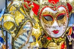Máscaras venecianas en tiempo del carnaval, Italia de la señora Imagen de archivo