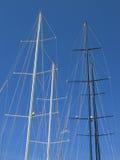 Mástiles de barcos de vela Imagen de archivo libre de regalías