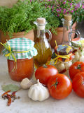 Mâche de tomate photo libre de droits