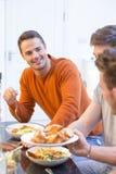 Mâle attirant au dîner Photographie stock libre de droits