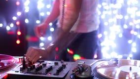 Mâle frais DJ banque de vidéos