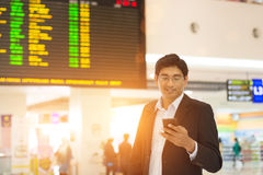 Mâle indien sur le terminal d'aéroport Photo libre de droits