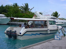 MÂLE, MALDIVES - 30 AOÛT 2003 : Plan rapproché de navigation. Photo libre de droits