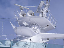 Mât de radar de klaxons de bateau de croisière Photos stock