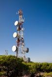 Mât de télécommunications Photographie stock libre de droits