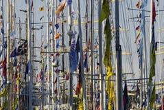 Mâts des bateaux grands Photographie stock