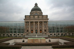 MÃ ¼ - Bayerische Staatskanzlei στοκ φωτογραφίες με δικαίωμα ελεύθερης χρήσης