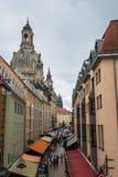 MÃ ¼ Frauenkirche w Drezdeńskim i nzgasse Zdjęcia Stock