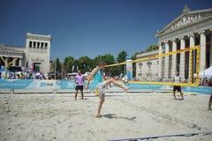 MÃ ¼ nchner Sportfestival 2016 AM Koenigsplatz, Footvolley Στοκ εικόνες με δικαίωμα ελεύθερης χρήσης